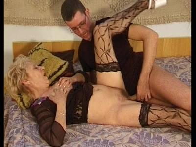 Sex mit Oma über 70 Jahre Oma Sexvideo