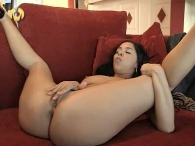 Erotische Lesben lassen sich beim Sex zusehen