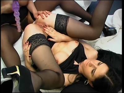 Heiße Lesben Pornos - Anal Lesbians